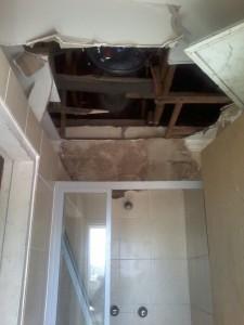 Dimphonyana ceiling-geyser damage